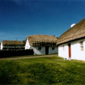 cregneashcottages.jpg